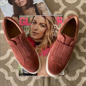 Frye Ivy Gore slip on sneaker; size 7.5